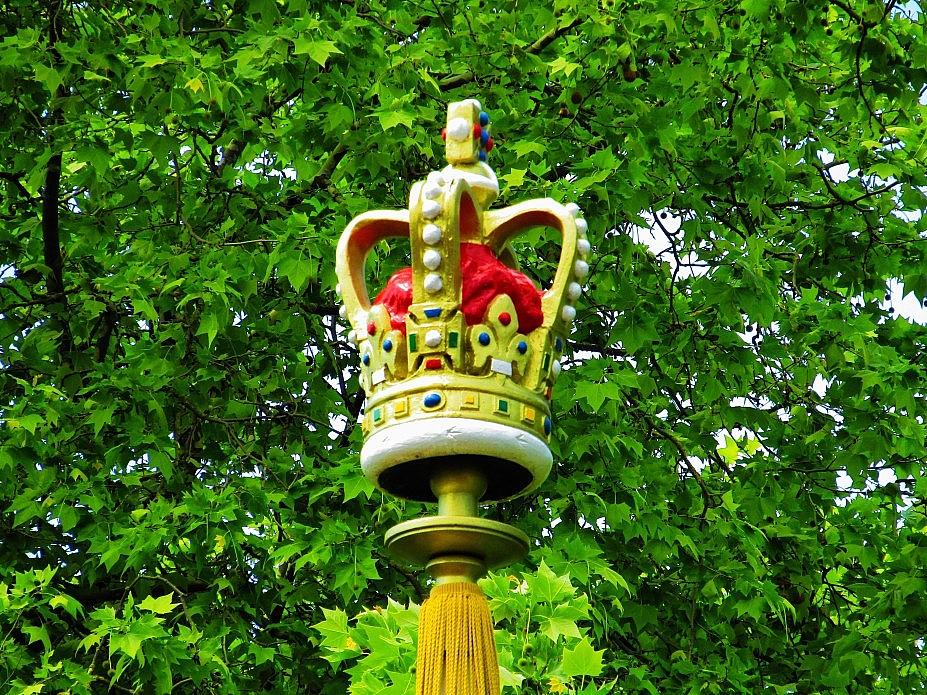 London 18 (117)