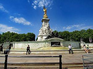 London 18 (118)