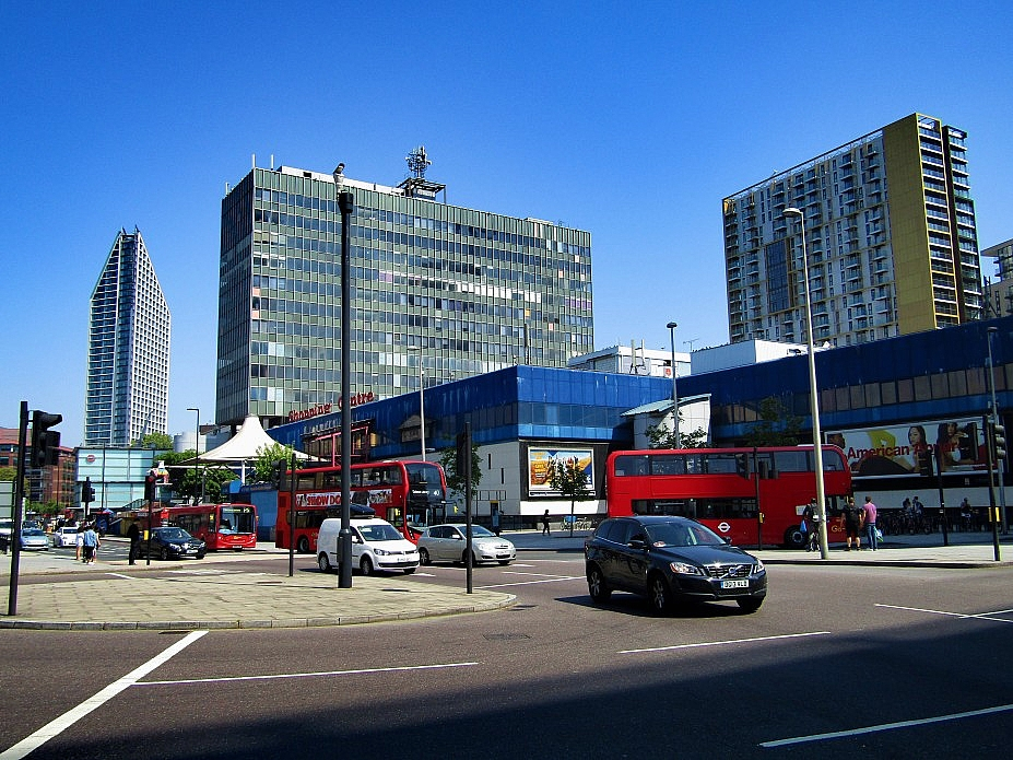 London 18 (125)