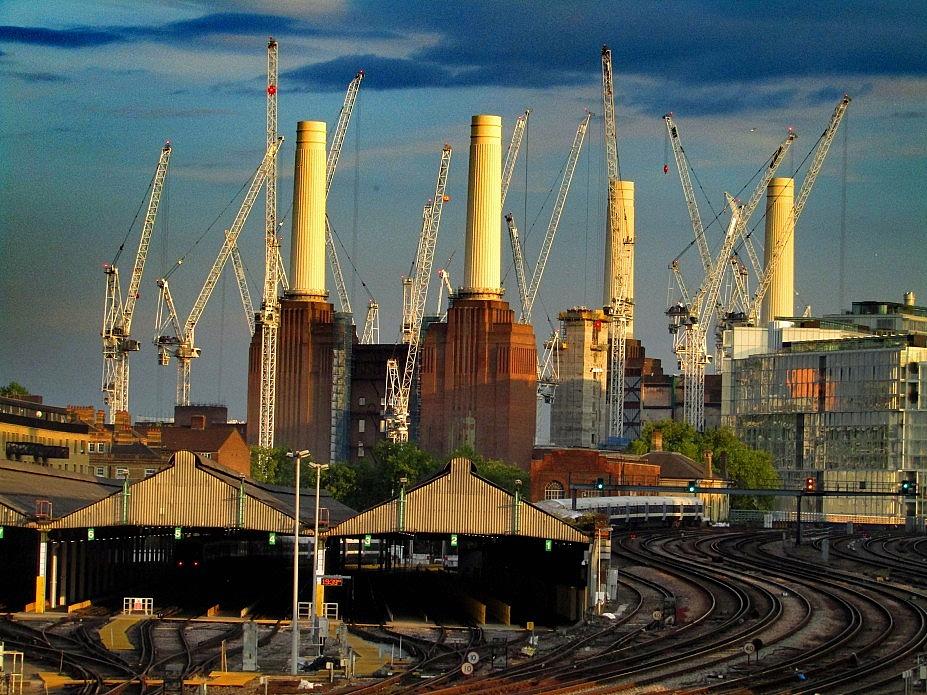 London 18 (138)