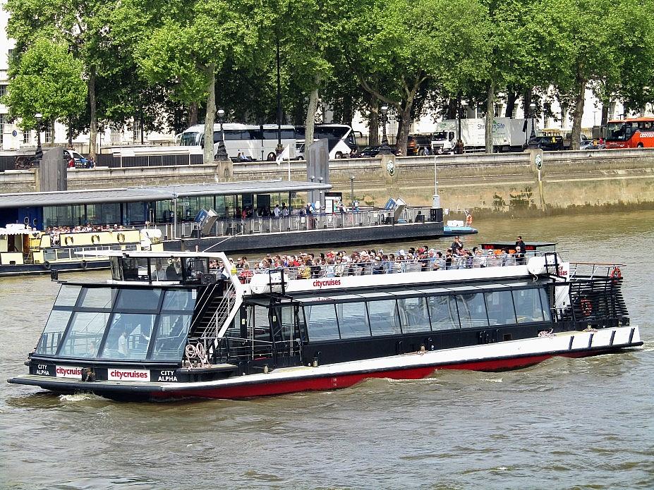 London 18 (158)