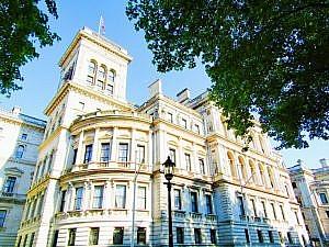 London 18 (175)