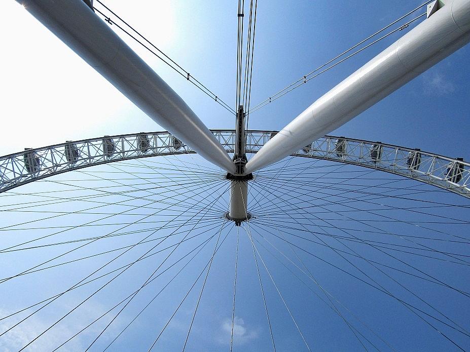 London 18 (183)
