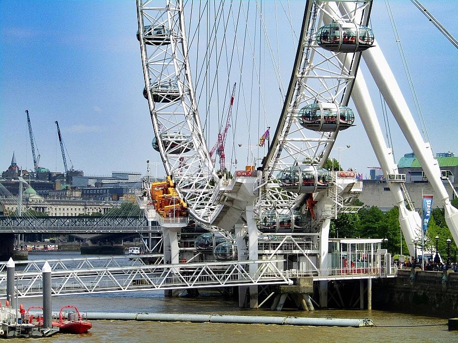 London 18 (32)