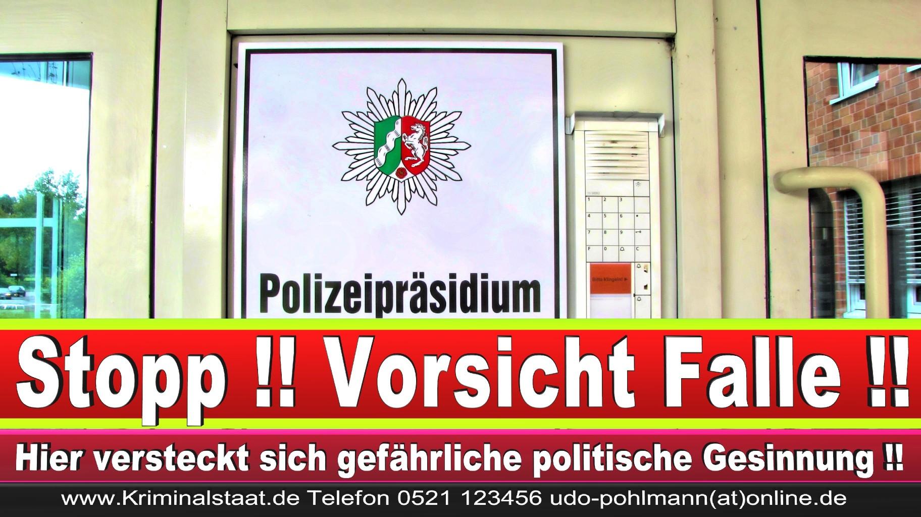 Polizei Bielefeld Gütersloh Detmold Paderborn Polizeiauto Polizeiuniform USA Deutschland Insignien Rang Uniform Kostüm (57)