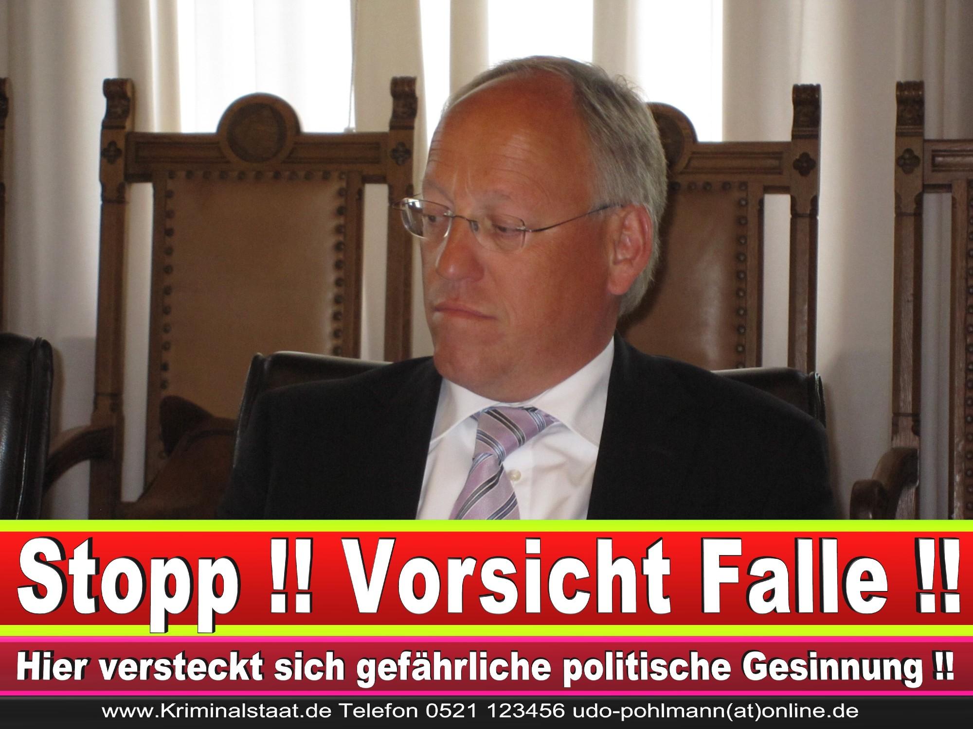 Polizeipräsident Erwin Südfeld Bielefeld Oberbürgermeister Bürgermeister Peter Clausen Pit Clausen Bielefeld 25