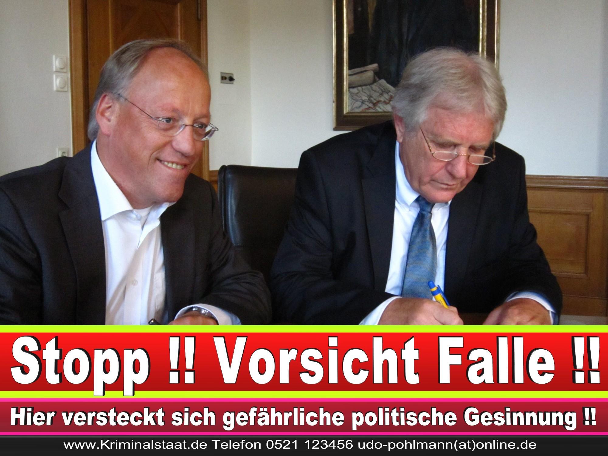 Polizeipräsident Erwin Südfeld Bielefeld Oberbürgermeister Bürgermeister Peter Clausen Pit Clausen Bielefeld (65)