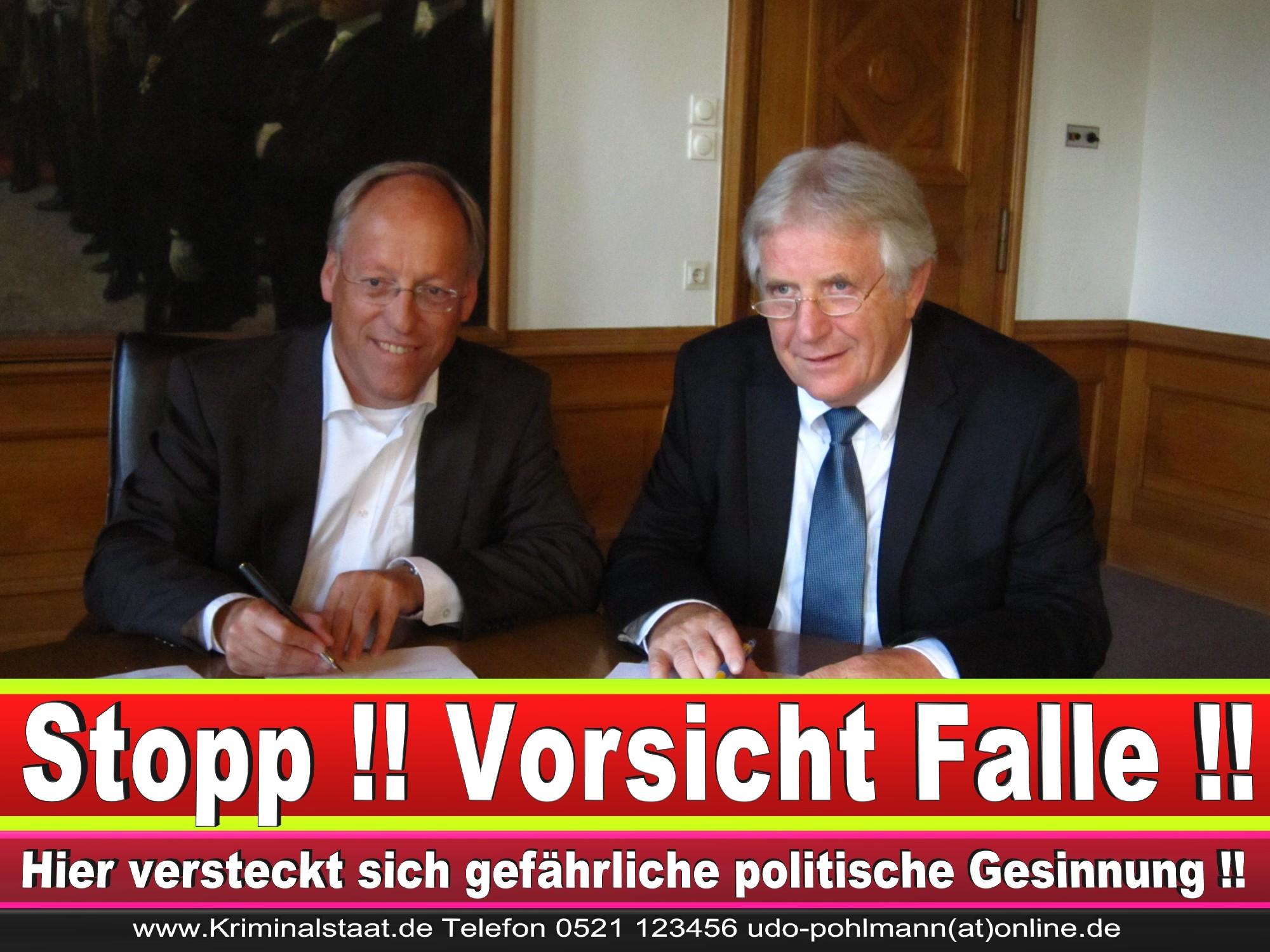 Polizeipräsident Erwin Südfeld Bielefeld Oberbürgermeister Bürgermeister Peter Clausen Pit Clausen Bielefeld (70)