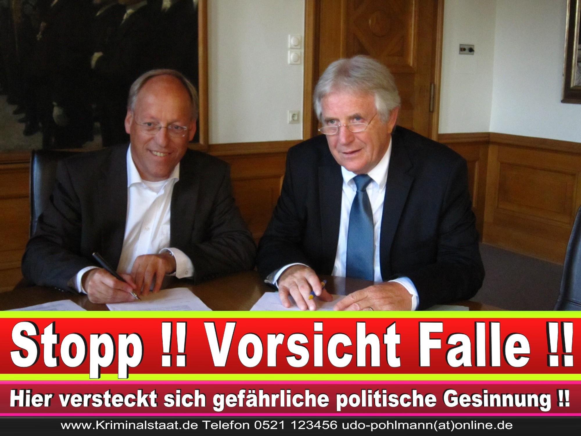 Polizeipräsident Erwin Südfeld Bielefeld Oberbürgermeister Bürgermeister Peter Clausen Pit Clausen Bielefeld (71)