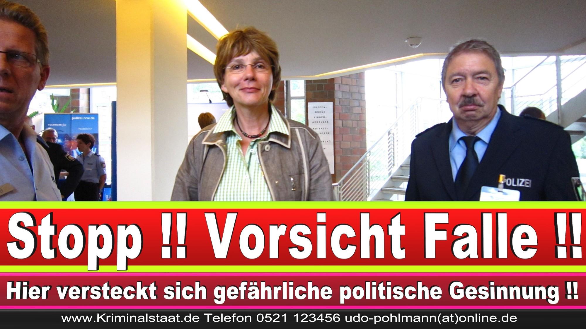 Polizeipräsidentin Katharina Giere Polizei Bielefeld NRW Erwin Südfeld Horst Kruse Polizeiuniform Polizeigewalt DEMONSTRATION Bahnhof (23) 1