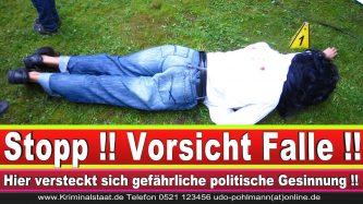 Polizeipräsidentin Katharina Giere Polizei Bielefeld NRW Erwin Südfeld Horst Kruse Polizeiuniform Polizeigewalt DEMONSTRATION Bahnhof (3) 1